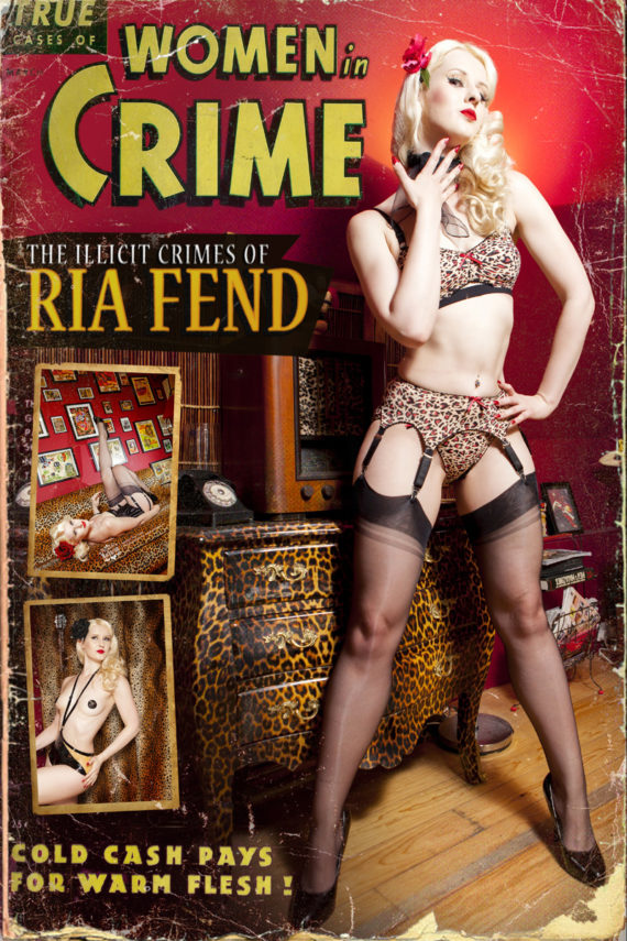 Ria Fend Pinup Model black Lingerie